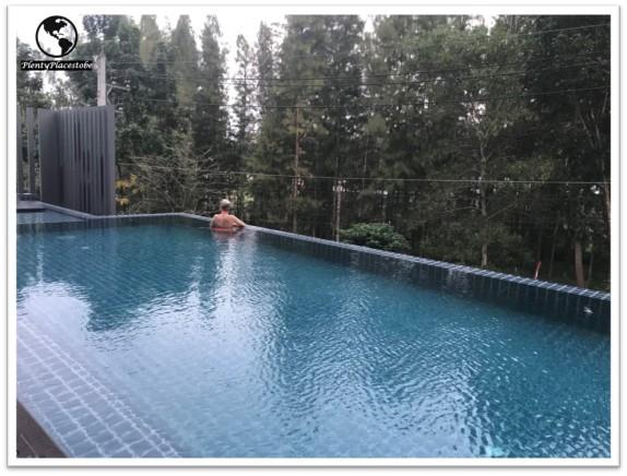 hill-myna-condotel-phuket